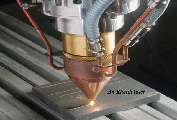 Cắt laser kim loại tại Hà Nội
