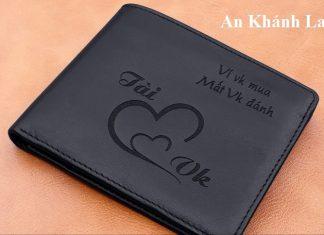 An Khánh khắc tên lên ví da