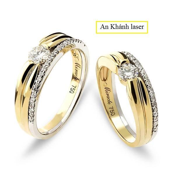 Nhẫn cưới khắc tên đẹp