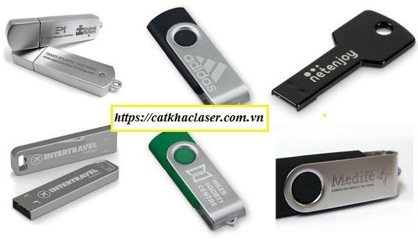 Khắc logo lên USB bằng kim loại