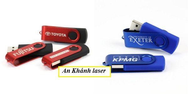 Khắc logo lên USB bằng nhựa