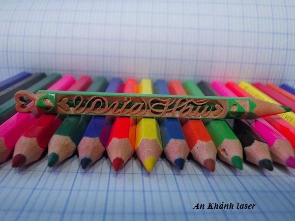 Khắc bút chì đơn giản dễ thực hiện