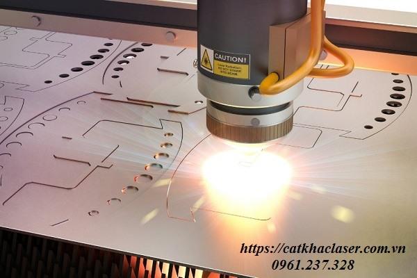 Ứng dụng công nghệ khắc laser