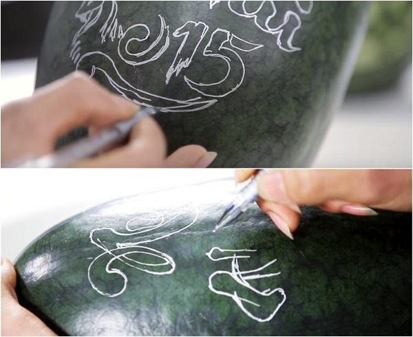 Hướng dẫn cách khắc dưa hấu nghệ thuật ngay tại nhà